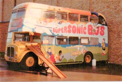 1 playbus old livery a(3)